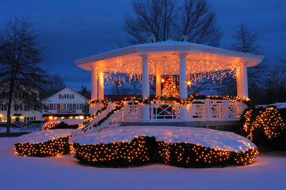 Barre Common Holiday Lights Gazebo